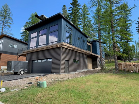 Single Family Residence, 1.5-2 Stories - Whitefish, MT