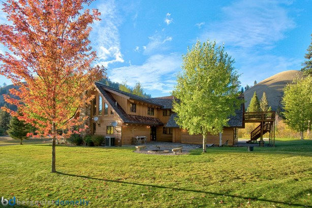 Single Family Residence, 1.5-2 Stories - Sula, MT (photo 2)