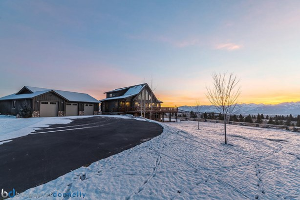 Single Family Residence, 1.5-2 Stories - Stevensville, MT (photo 2)