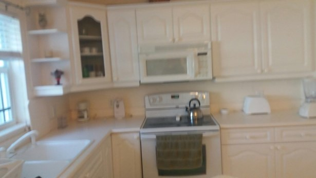 Secret Gardens 2 Bed Apartment, George Town, , Cayman Residential property (photo 2)