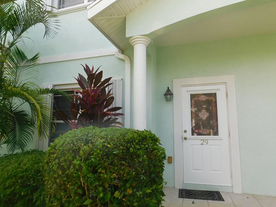 Secret Gardens 2 Bed Apartment, George Town, , Residential property  for lease (photo 3)