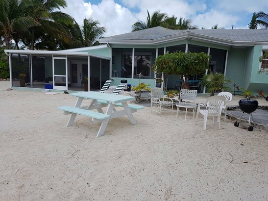 Rum Point Villa, Oceanfront Rental, North Side, , Cayman Residential property (photo 5)