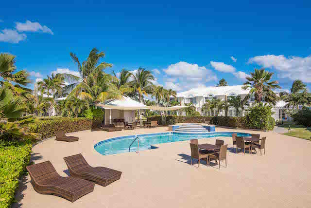 Windsor Village 2 Bed Ocean Front Rental, South Sound, , Residential property in Cayman (photo 2)