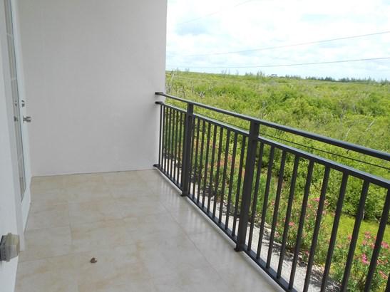 Villa Royale for rent, Seven Mile Beach Property (photo 2)