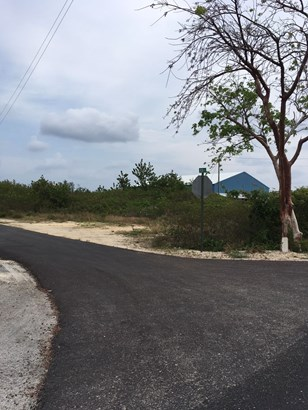 COMMERCIAL LAND, CAYMAN BRAC