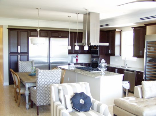 Luxe Penthouse, North Sound Waterway, , Residential property  for lease (photo 1)