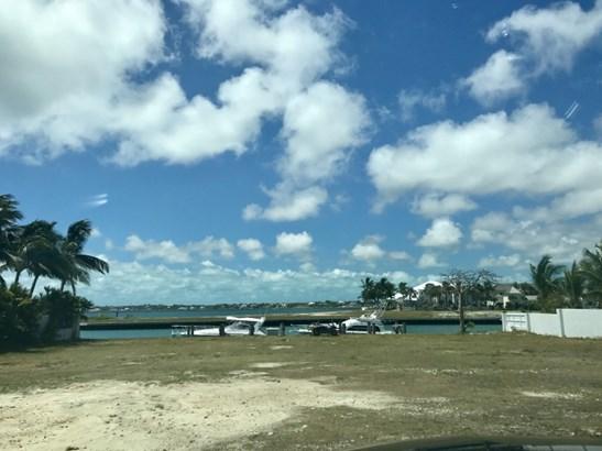 Paradise Island - BHS (photo 2)