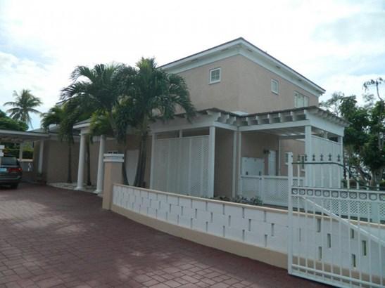 Bayshore Close, Nassau - BHS (photo 1)