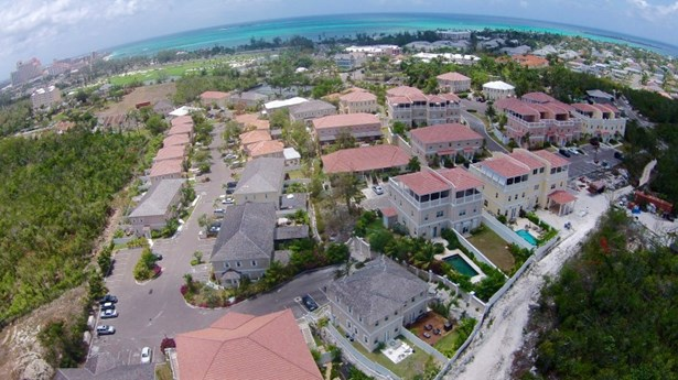 Nassau - BHS (photo 5)