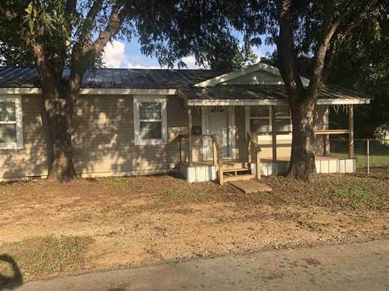 Single Family - Henrietta, TX