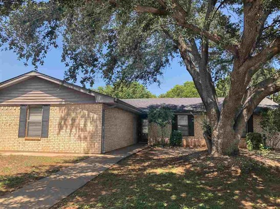 One Story, Single Family - Wichita Falls, TX