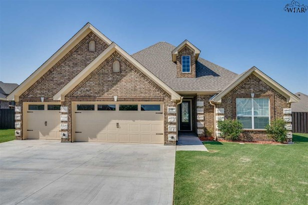 Single Family - Wichita Falls, TX