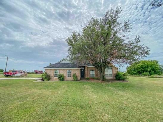 One Story, Single Family W/ Acreage - Wichita Falls, TX