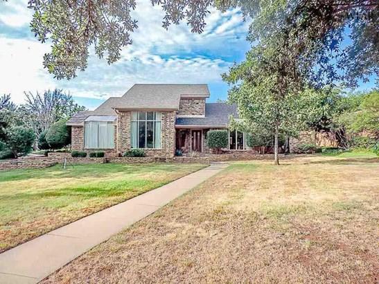 1.5 Story, Single Family - Wichita Falls, TX