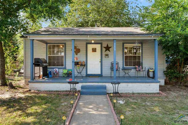Single Family Detached - Mt Pleasant, TX