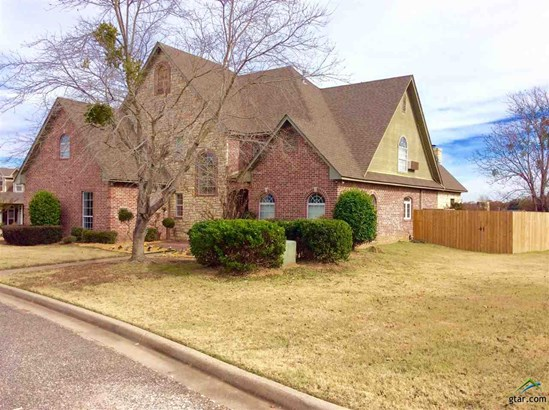 Single Family Detached, Traditional - Winnsboro, TX (photo 1)