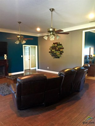 Single Family Detached, Traditional - Mt Pleasant, TX (photo 5)