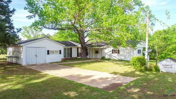 Single Family Detached - Hughes Springs, TX (photo 4)