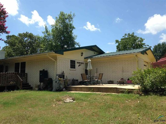 Single Family Detached, Traditional - Hughes Springs, TX