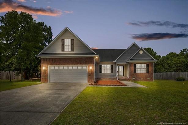 Single Family Residence, 1.5 Stories - Sanford, NC