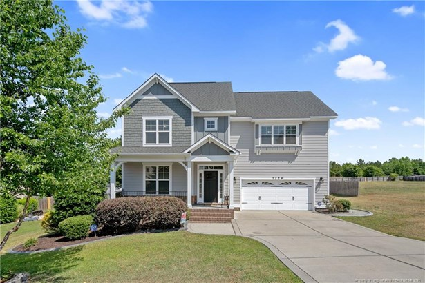 Single Family Residence, 2.5 Stories - Fayetteville, NC
