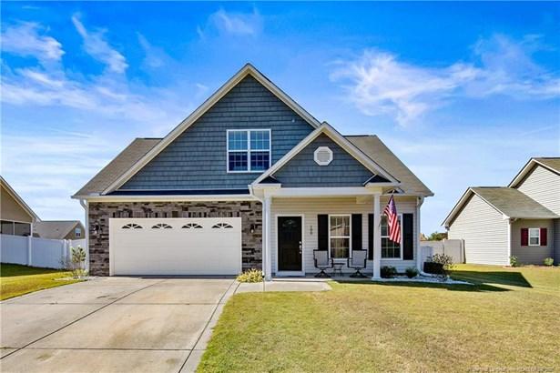 Single Family Residence, 1.5 Stories - Raeford, NC