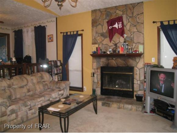 Rental, Contemporary - FAYETTEVILLE, NC (photo 2)