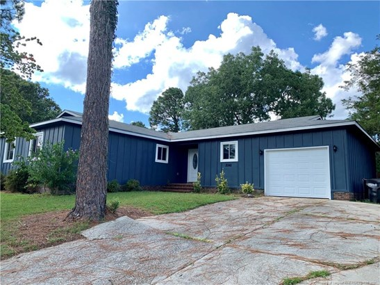 Single Family Residence, Contemporary - Fayetteville, NC
