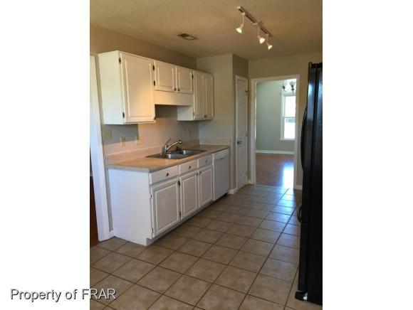 Rental, Ranch - HOPE MILLS, NC (photo 3)