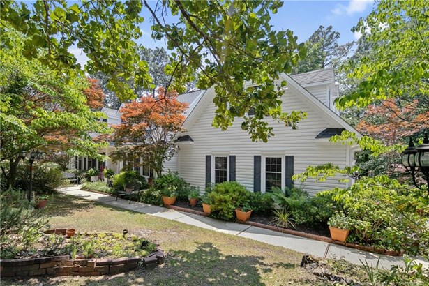 Cape Cod, Single Family Residence - Fayetteville, NC