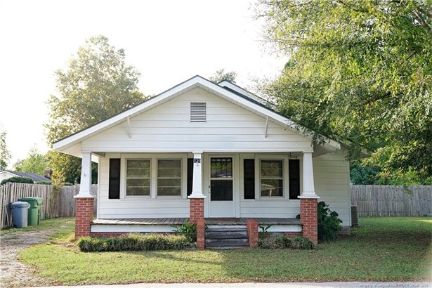 1 Story, Single Family Residence - Stedman, NC