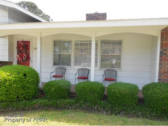 Residential, Tri Level - FAYETTEVILLE, NC (photo 4)