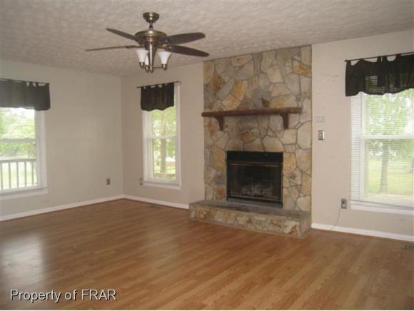 Rental, Ranch - FAYETTEVILLE, NC (photo 2)
