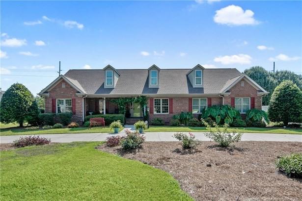 Single Family Residence, Ranch W/Bonus - Fayetteville, NC