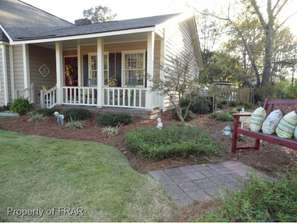 Residential, Ranch - HOPE MILLS, NC (photo 3)