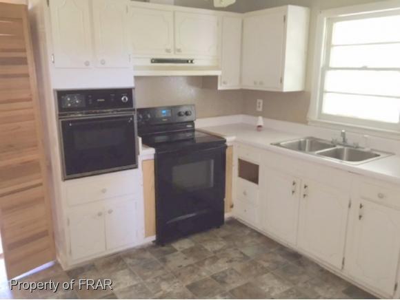Split Level, Residential - FAYETTEVILLE, NC (photo 5)