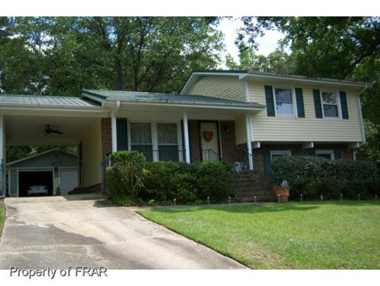 Residential, Tri Level - FAYETTEVILLE, NC (photo 1)