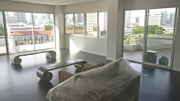 RENT 2Gorgeous 5 Bed for Rent in Nang Linchee in bangkok,