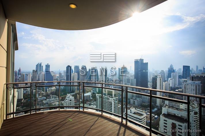 SALE 1Premium 4 Bedroom Condo for Sale At Royce in Bangkok,