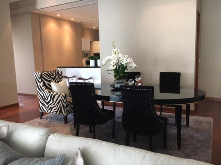 RENT/SALE 4Large 2 Bed for Rent and Sale at Le Raffine 39 in Bangkok, (photo 2)