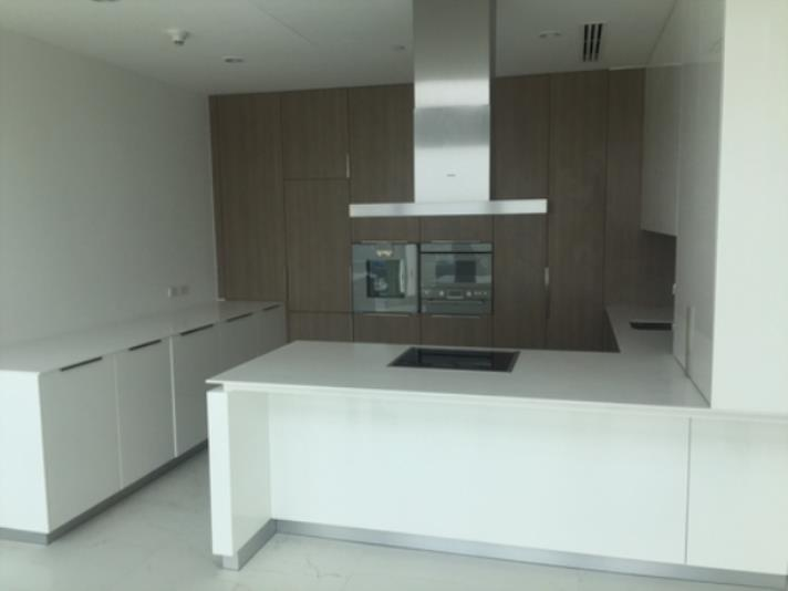 SALE 1Luxurious 3 Bed for Sale at 185 Rajadamri in Bangkok, (photo 1)