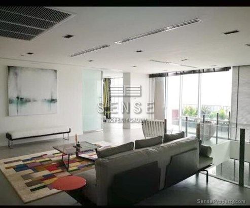 SALE 1Unique Duplex Penthouse for Sale at Fullerton in Bangkok,