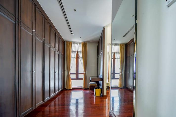 SALE 1Extraordinary 4 Bed House for Sale in Sukhumvit in Bangkok, (photo 4)