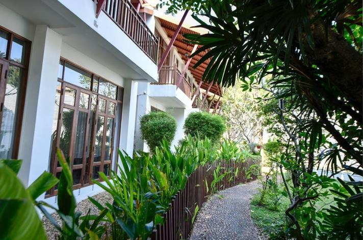 SALE 1Extraordinary 4 Bed House for Sale in Sukhumvit in Bangkok, (photo 5)