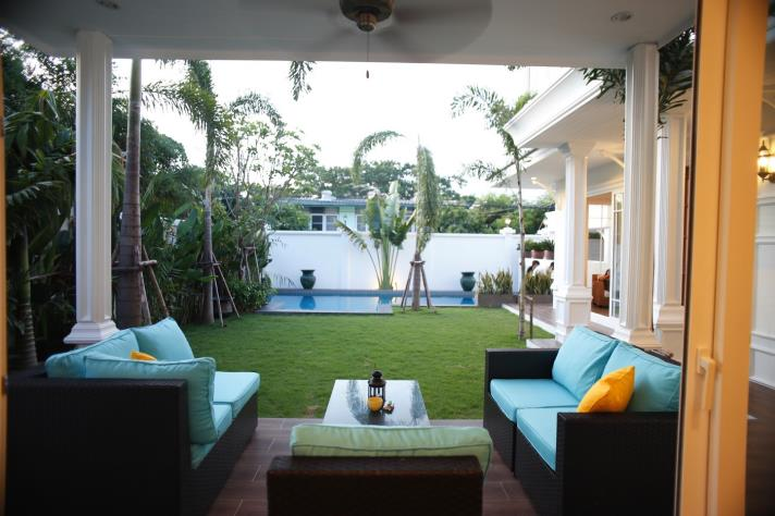 RENT/SALE 4Gorgeous House for Rent and Sale in Phrakhanong in bangkok, (photo 1)