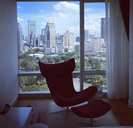 SALE 12 Bed with Balcony for Sale at 185 Rajadamri in bangkok, (photo 4)