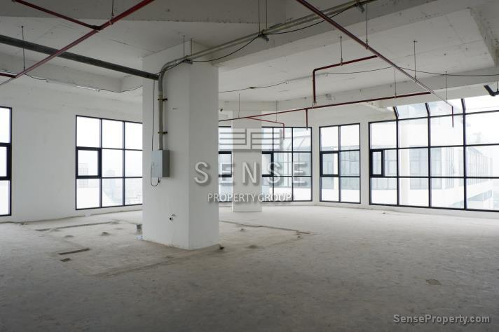 SALE 1Bareshell Penthouse for Sale at Sathorn Gardens in Bangkok, (photo 1)