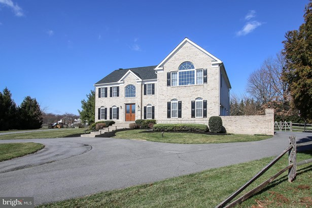 Single Family Residence, Colonial - GAITHERSBURG, MD (photo 1)