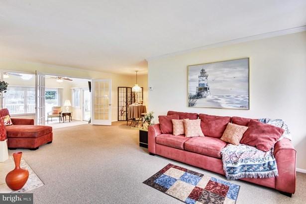Split Level, Single Family Residence - SPRINGFIELD, VA (photo 2)