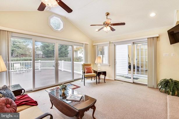 Split Level, Single Family Residence - SPRINGFIELD, VA (photo 4)